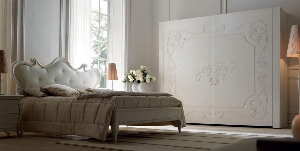 pat dormitor clasic tapitat lemn Eros Meteora Italia